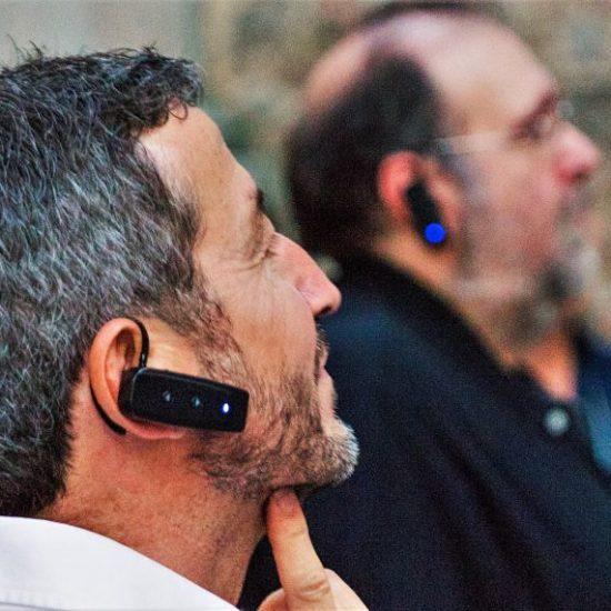 Ruta Toledo es Sueño, con auriculares individuales