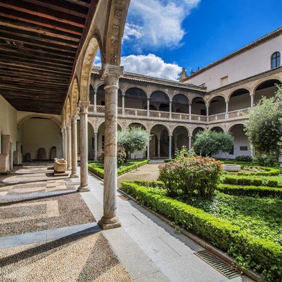 Patio del Museo de Santa Cruz de Toledo
